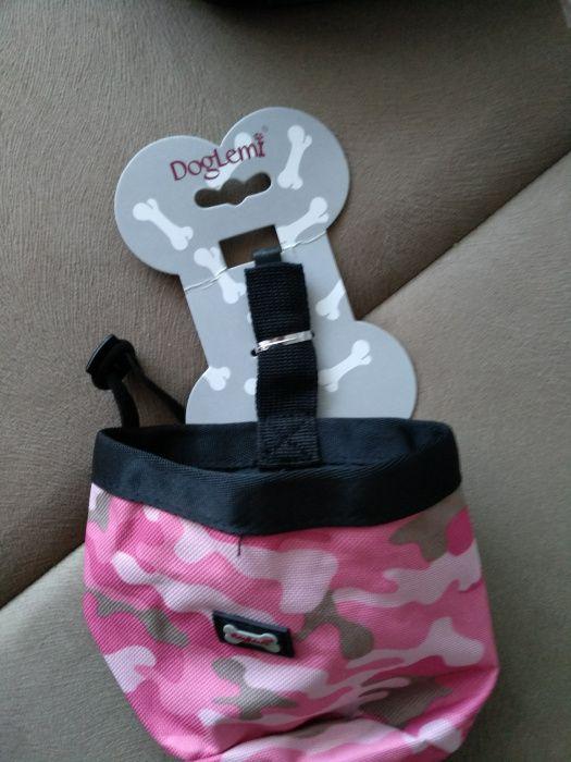 Borseta / geanta pentru recompense caini