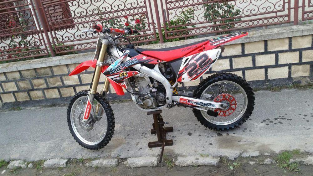 Dezmembrez HONDA CRF 450 2003-2009