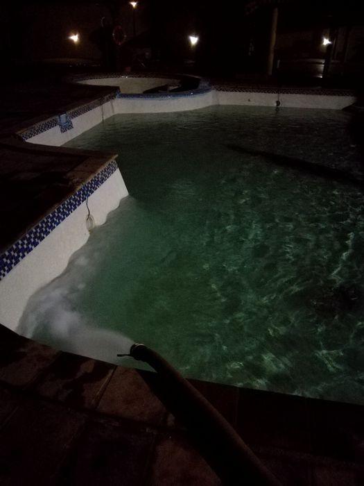 Água Potável/Piscinas/Construção