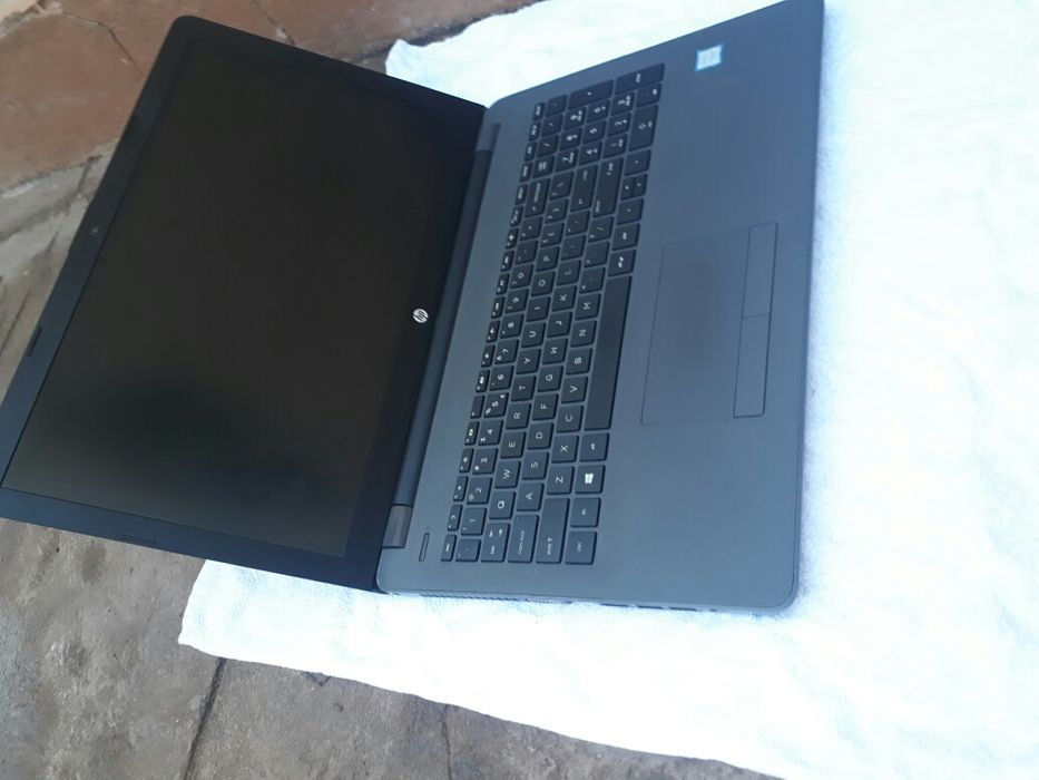 HP 250 G6 core i5 7 geração