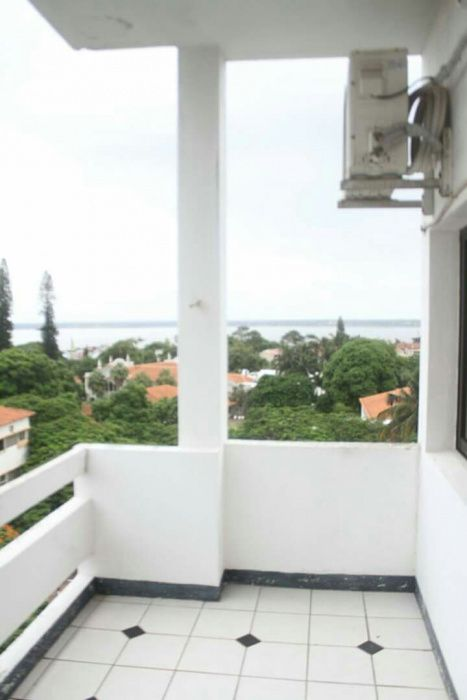 VENDE-SE: Apartamento T2+1 Polana