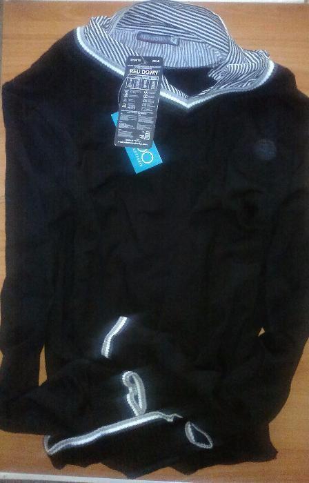 Pulovar (pulover, plovar, plover) negru