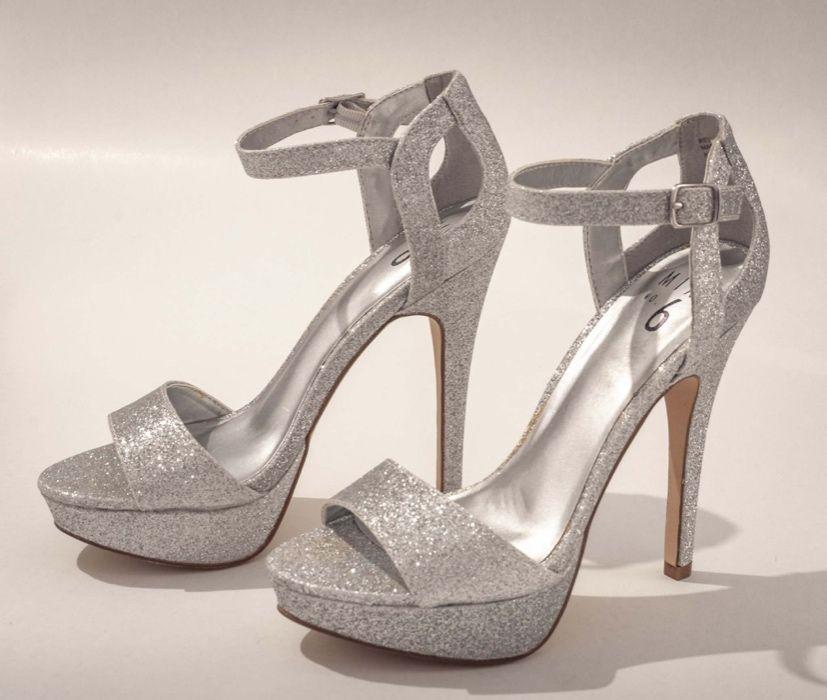 Sandale argintii cu sclipici