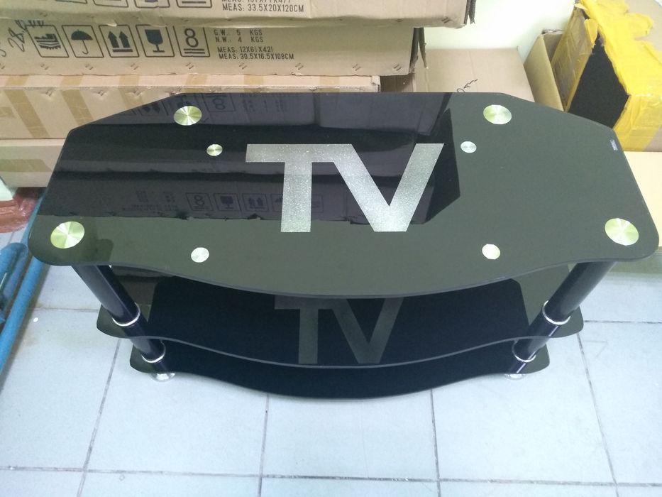 Продам стол-тумба под телевизор.
