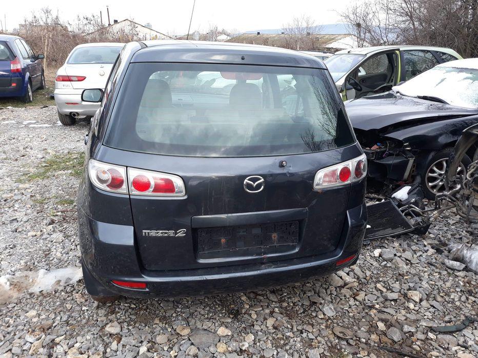 Mazda 2 1.25i На части