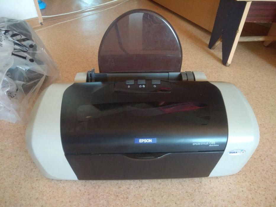 Цветной принтер Epson Stylus C65