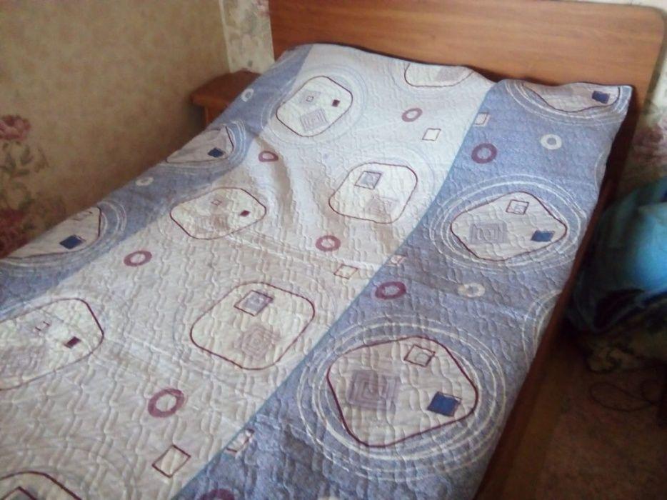 Продам шифоньер и двуспальную кровать