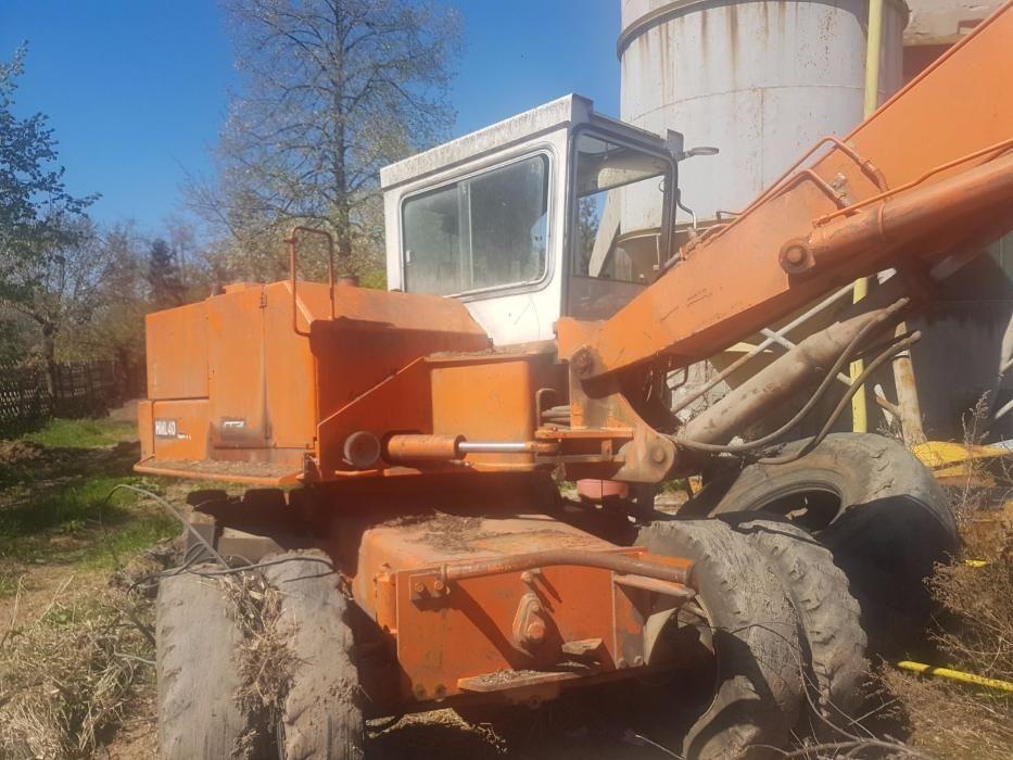 Excavator Schaeff HML40, dezmembrez