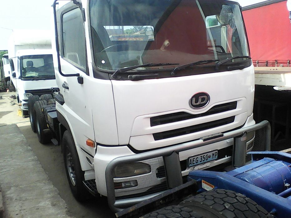Nissan UD 460...iss.1.9