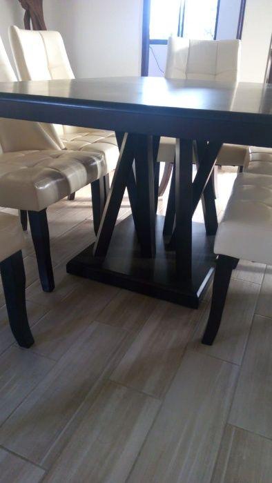 Conjunto de mesa de jantar de seis lugares e cómoda com espelho. Cidade de Matola - imagem 3