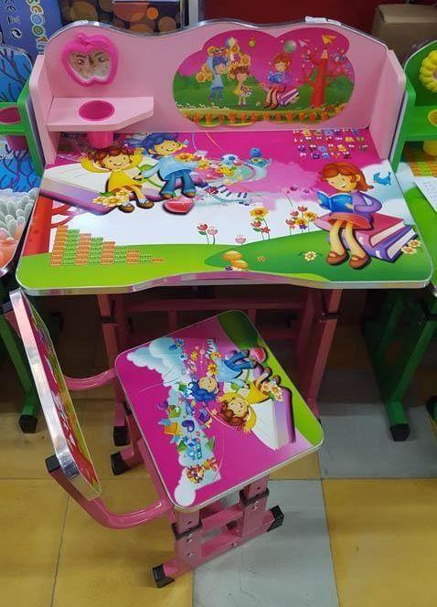 Birou roz pentru copii,diferite culori si modele Reduceri