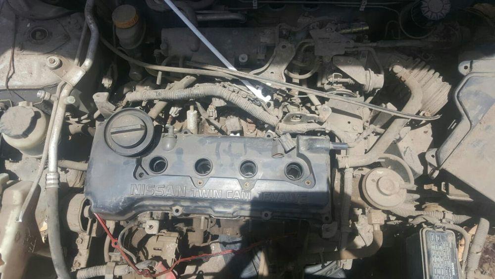 Nissan sunny em peças