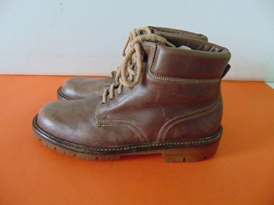 НОВИ Elgg Swiss Made Vibram номер 38 1/2 Оригинални обувки