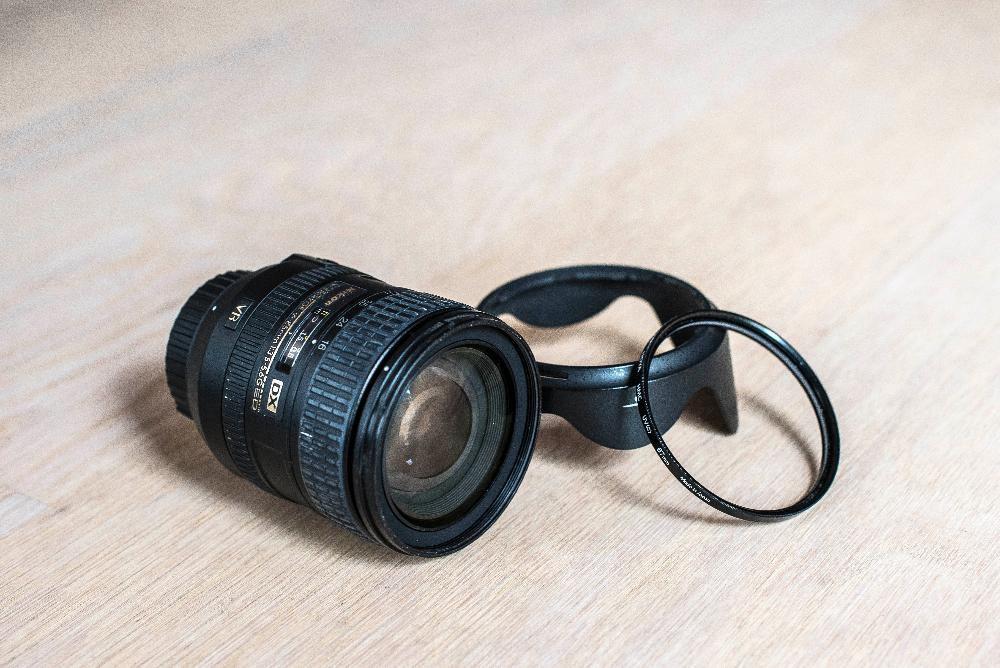 Продавам обектив AF-S DX NIKKOR 16-85MM F/3.5-5.6G ED VR