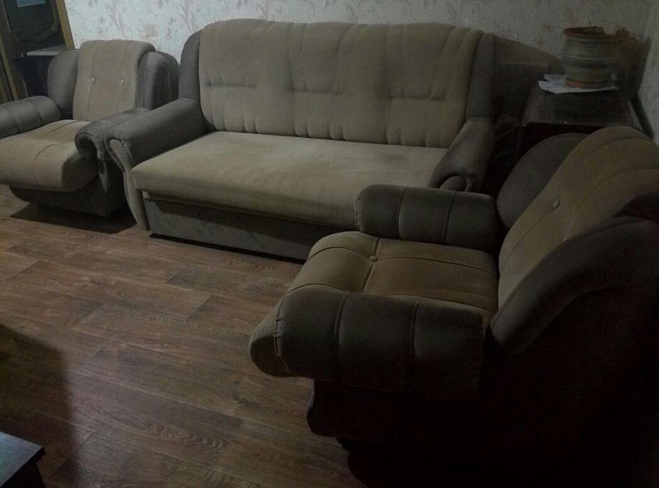 Раскладной диван и Кресла