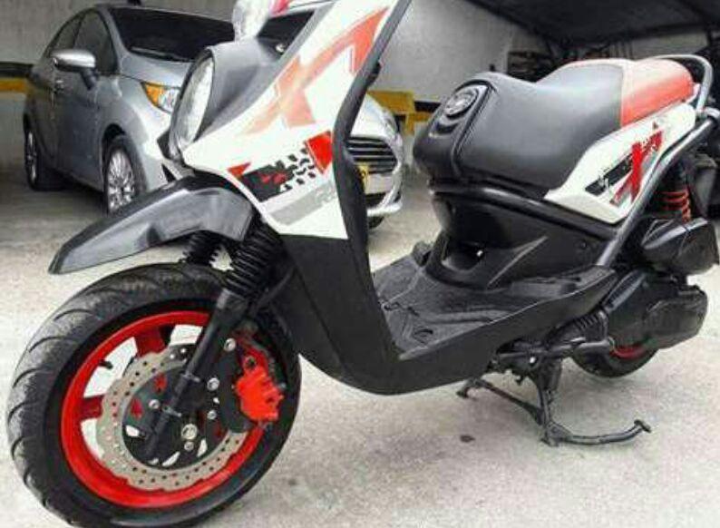 Moto BWS em promoção