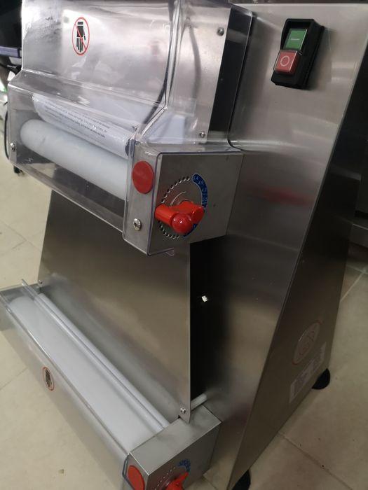 Ламинатор за тесто за Пица 40см чисто нов