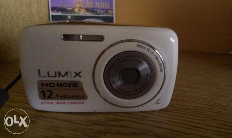 Фотоапарат Panasonic Lumix DMC-S1 12.1 MP Digital Camera