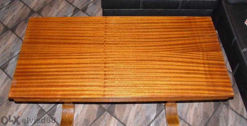 Продавам почти нова холна маса от масив,дъб