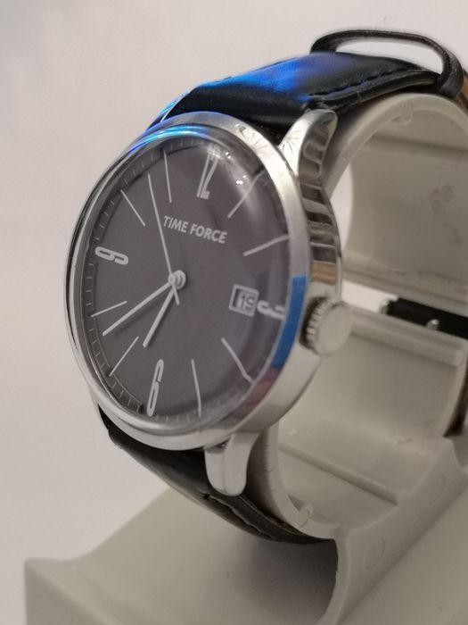 Ceas bărbătesc Time Force - Quartz - 40 mm