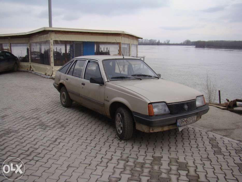 Dezmembrez Opel Ascona C-CC 1.6D 1983
