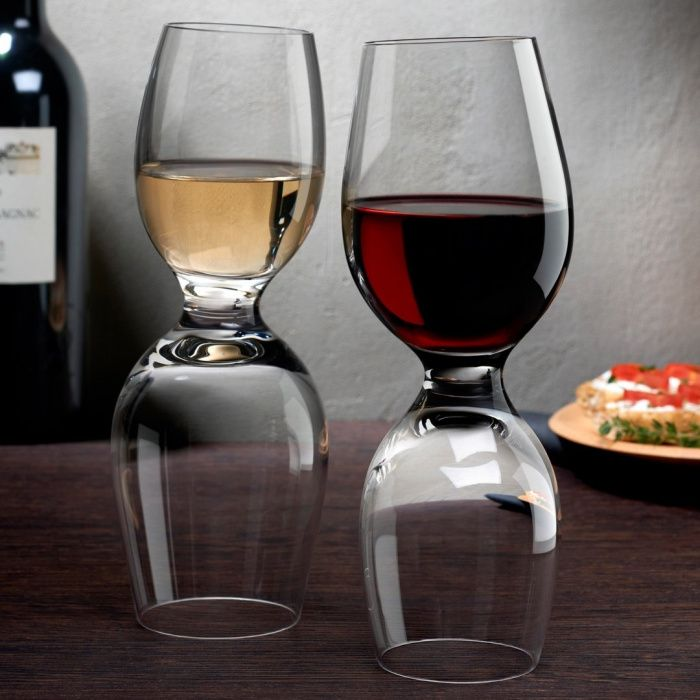 """Pahare vin, """"Red or white"""" by Ron Arad"""
