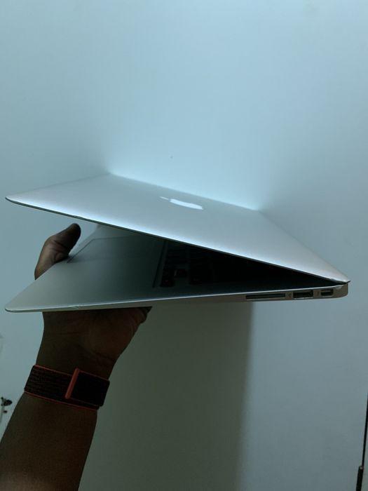 MacBook Air 13inc, Core i7, 8gb RAM, 128GB SSD Talatona - imagem 2