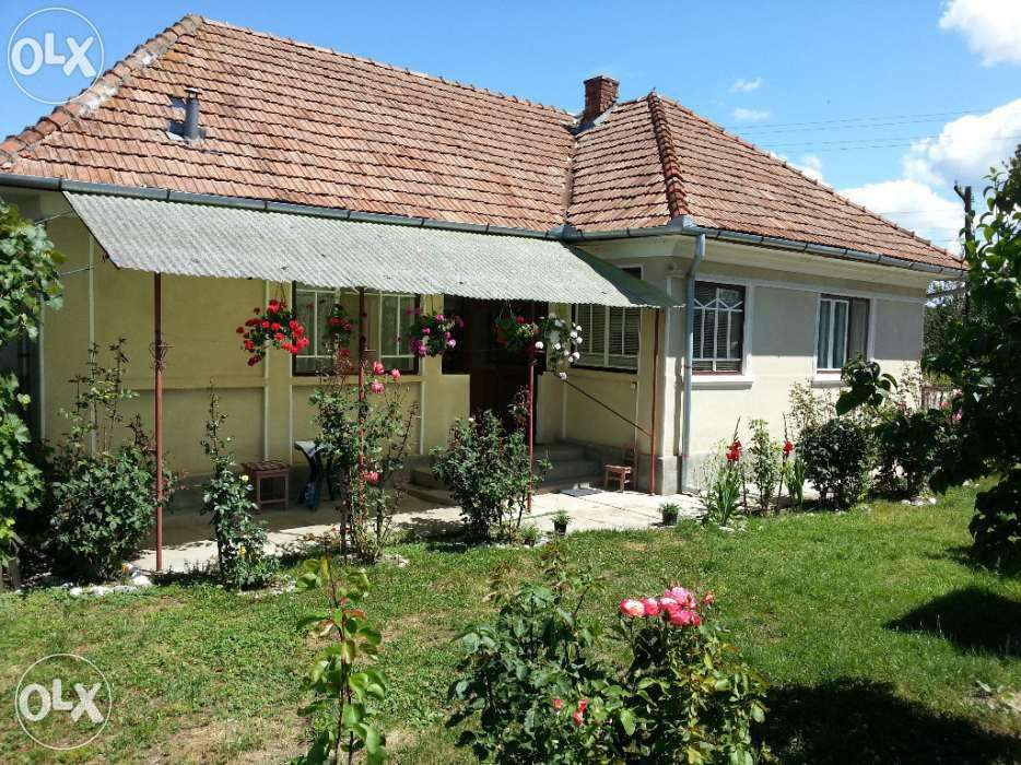 Vând casă+ pamant arabil in Someș-Odorhei - jud Salaj