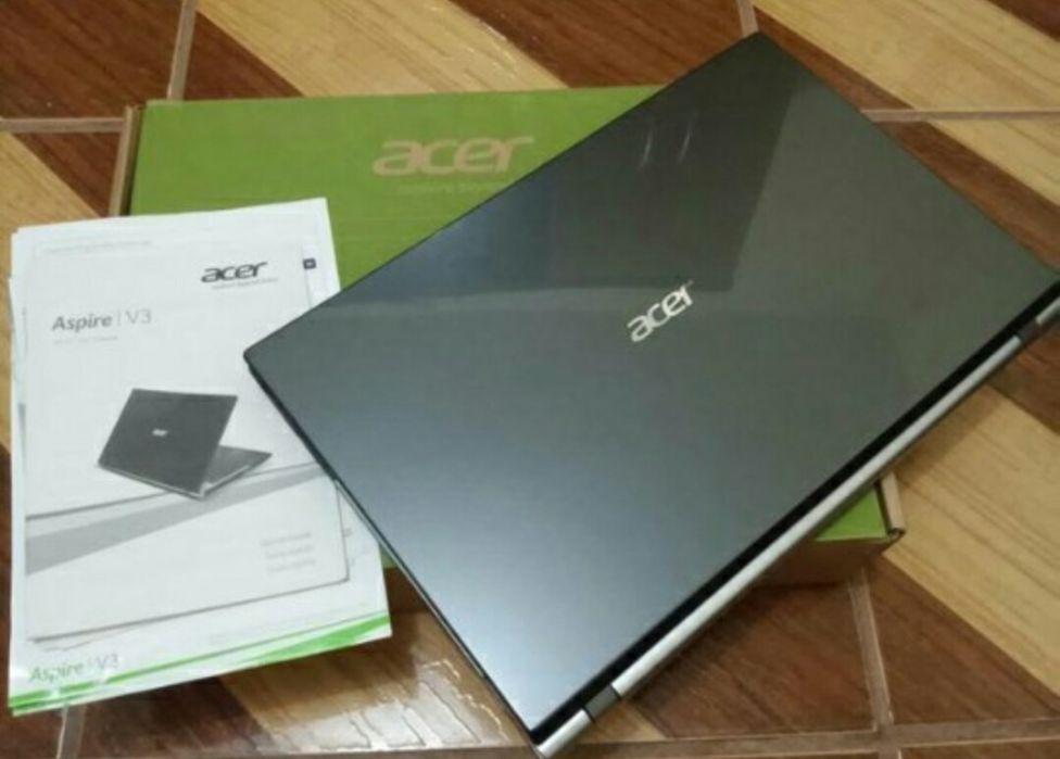 Acer à venda