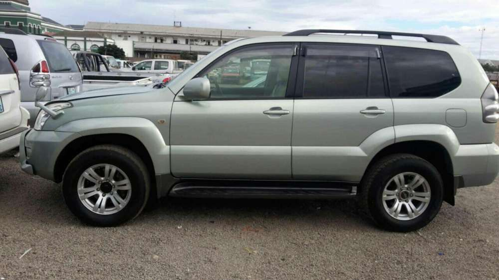Land Cruiser Prado TX V6