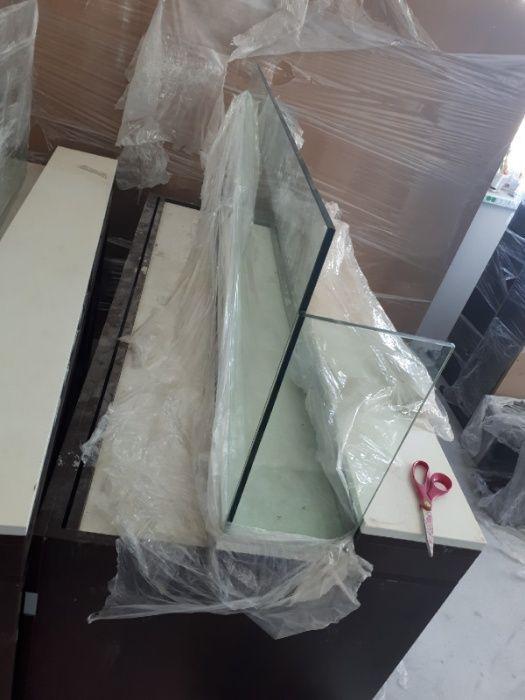 Продам стекла витринное