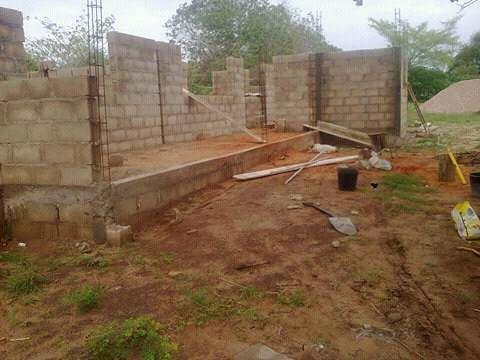 Construcao de todo tipo de casa, reabilitacao e manutencao