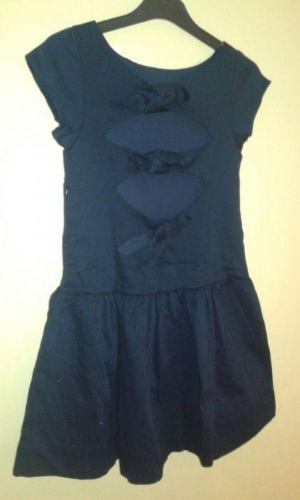 Чисто нова рокля Cikoby с ефектен гръб