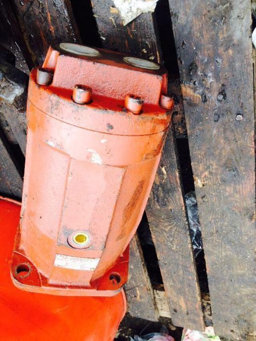 Vand pompa hidraulica F-132