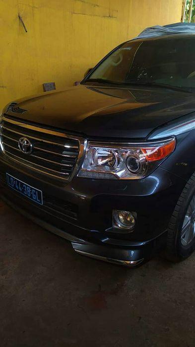 GX.R novo, Toyota Land Cruiser, V8.