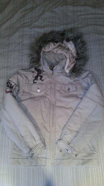 Страхотно якенце с подарък още едно яке