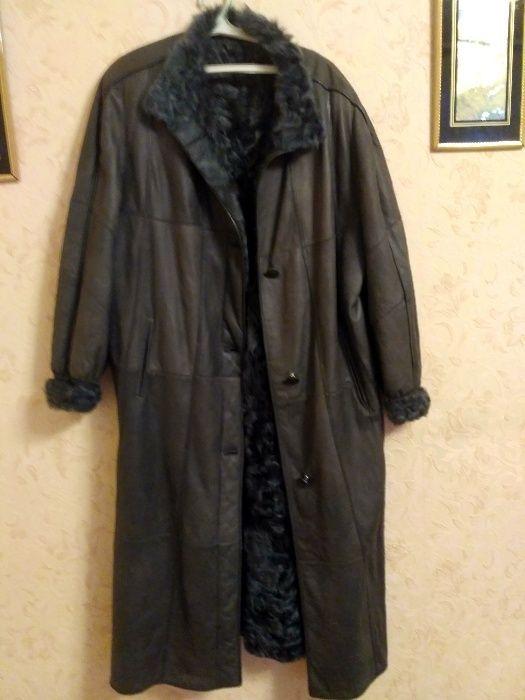 продаю пальто женское