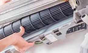 Manutenção de ar condicionados split e de janela em promoção
