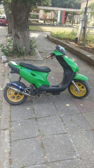 Тунингован скутер