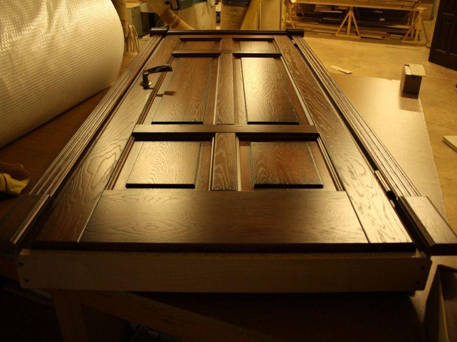 Изготовление и реставрация деревянных дверей на заказ