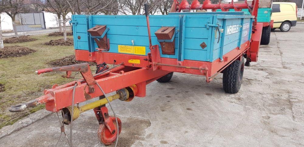 Remorca pentru transport si imprastiat gunoi de grajd MENGELE