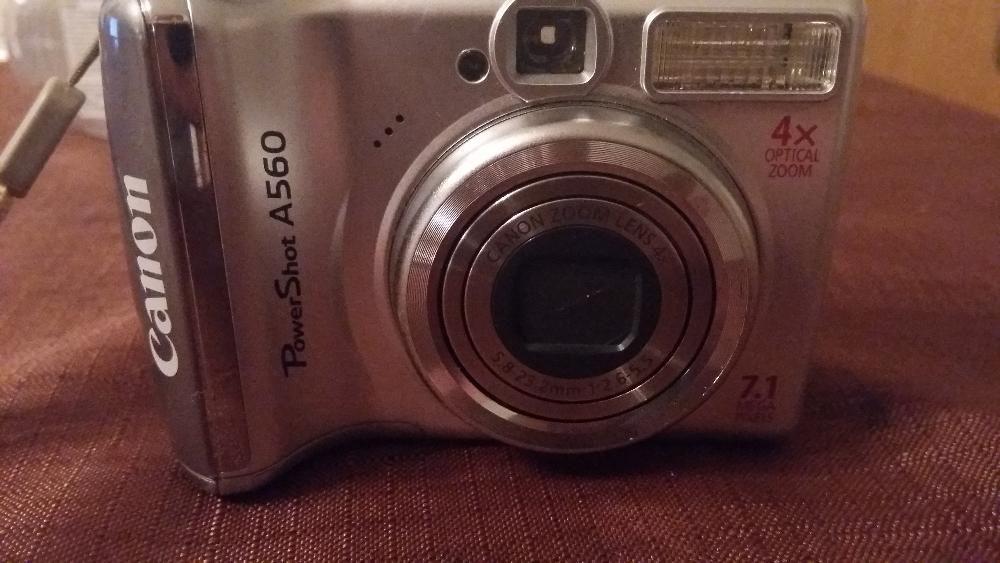 Цифров фотоапарат Canon powershot А 560