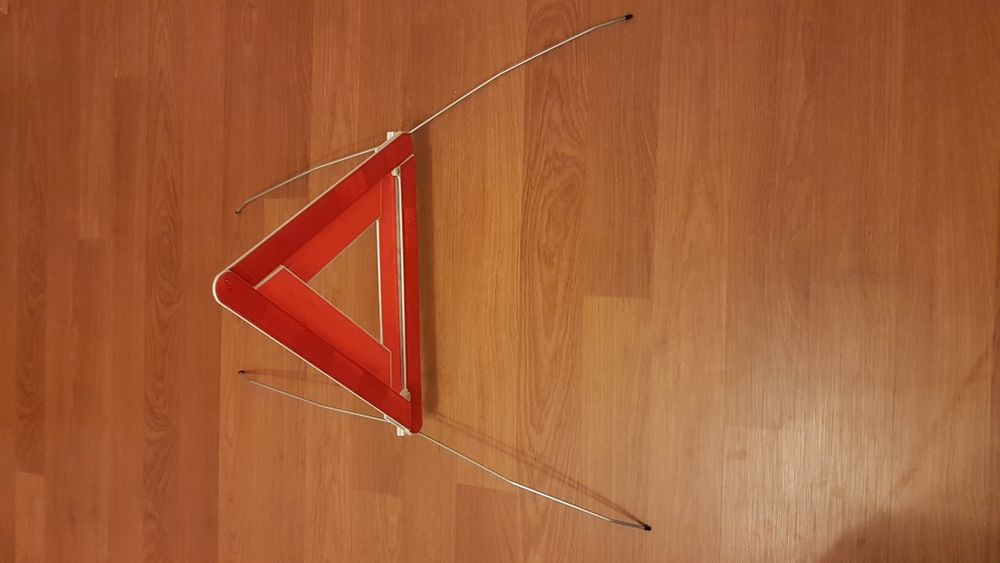 Авариен триъгълник - Опел
