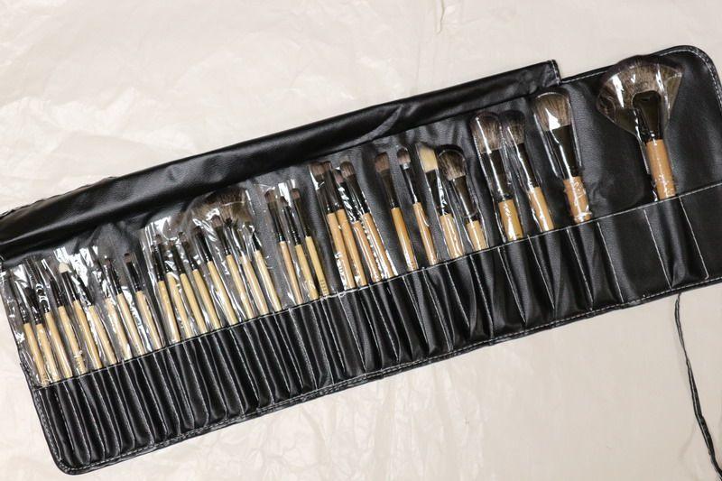 Set profesional de pensule makeup Bobbi Brown