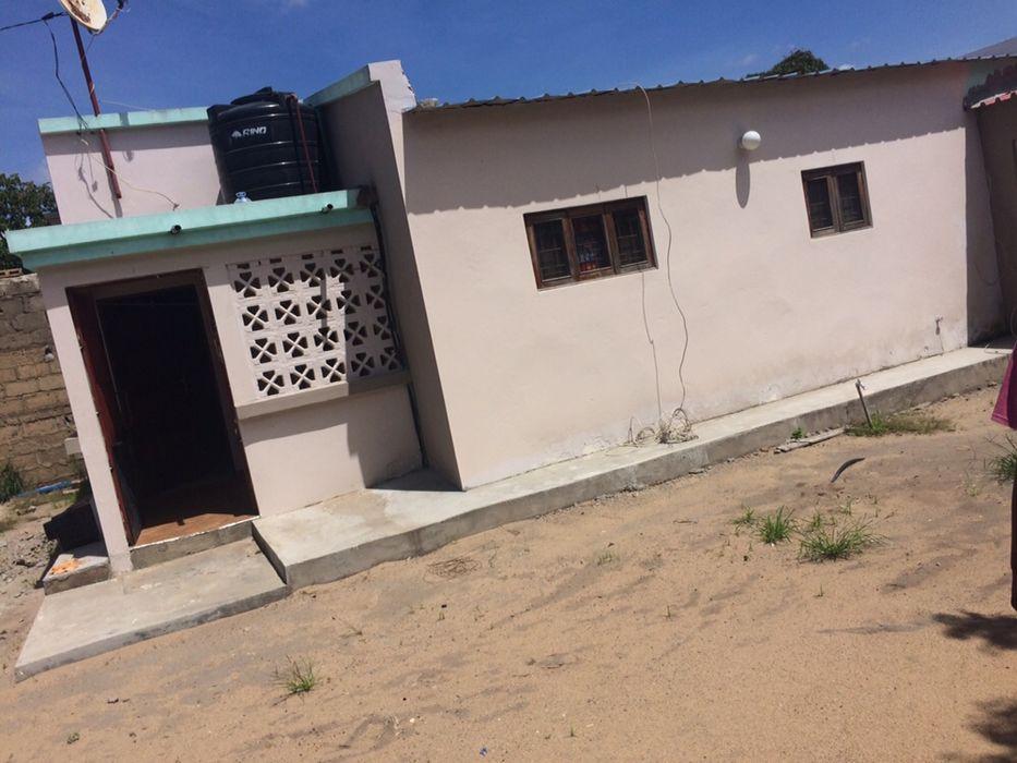 Arrendo casa tipo2 independente com quintal