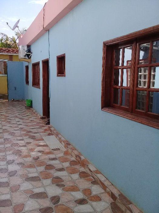 Vende-se casa no Camama