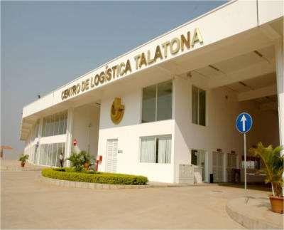 Estabelecimento Comercial No Centro Logístico De Talatona