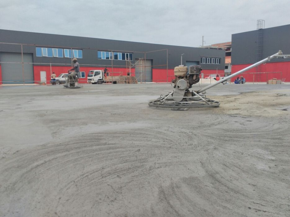 Afagamento de Betão(Pavimento Industrial)