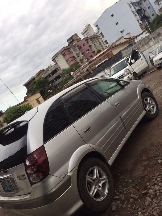 Toyota Nádia Type 4WD em bom estado