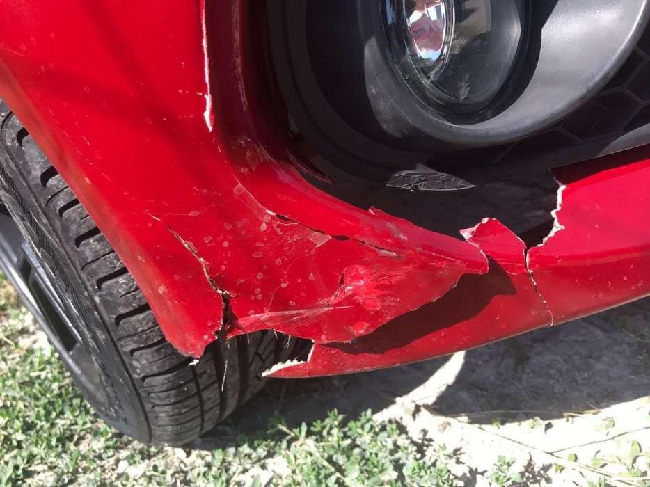 Reparatii prinderi faruri,bare/spoilere auto crapate sau sparte. Bucuresti - imagine 4
